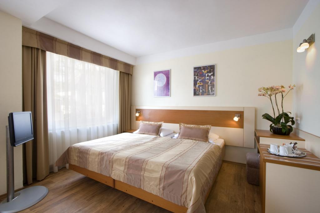 best budget hotels in prague hotel aida prague